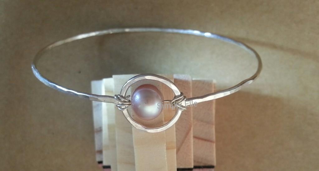 Saturn pearl bangle