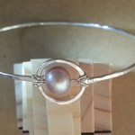 Saturn pearl bangle