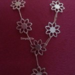 Y daisy chain necklace